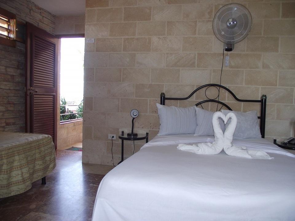 CIE104 – Room 4 Quadruple room with private bathroom