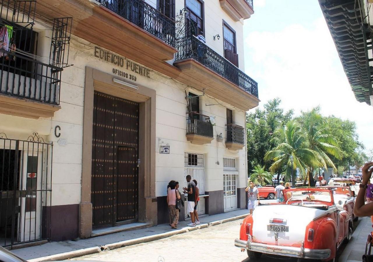 HAV115 - Casa Bahia Habana