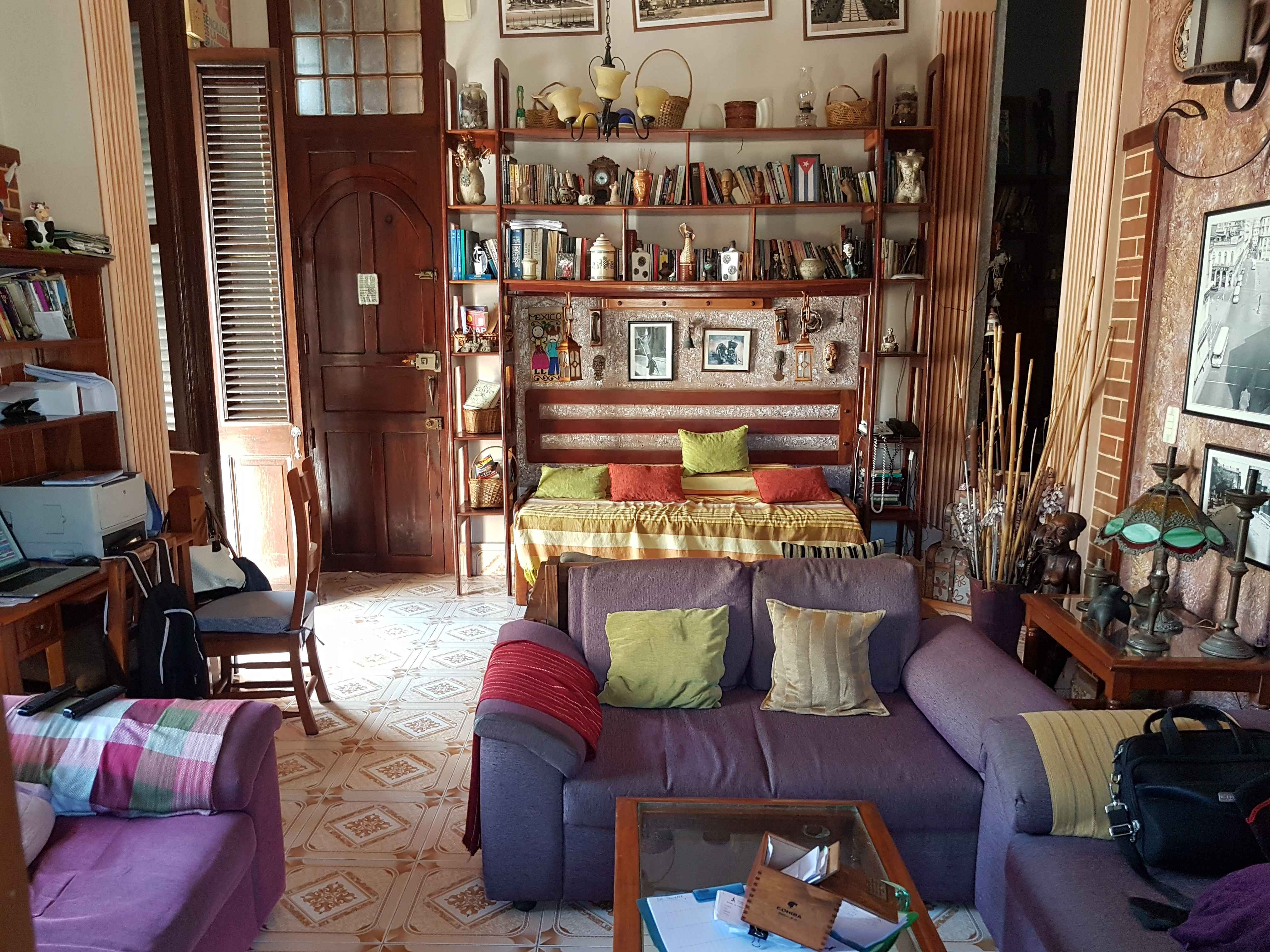 HAV203 - Hostal Peregrino Consulado