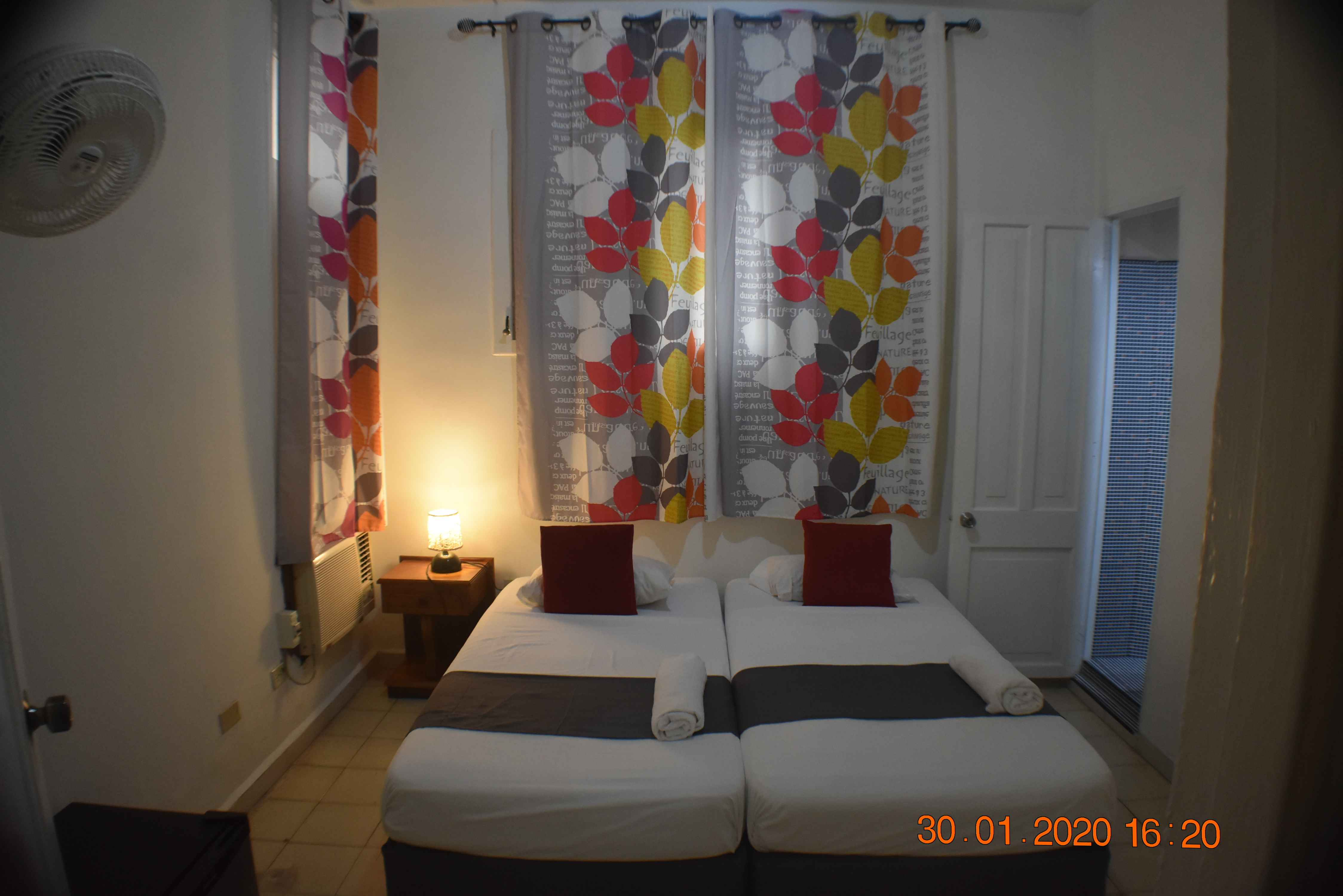 HAV205 – Room 1 Double room with private bathroom