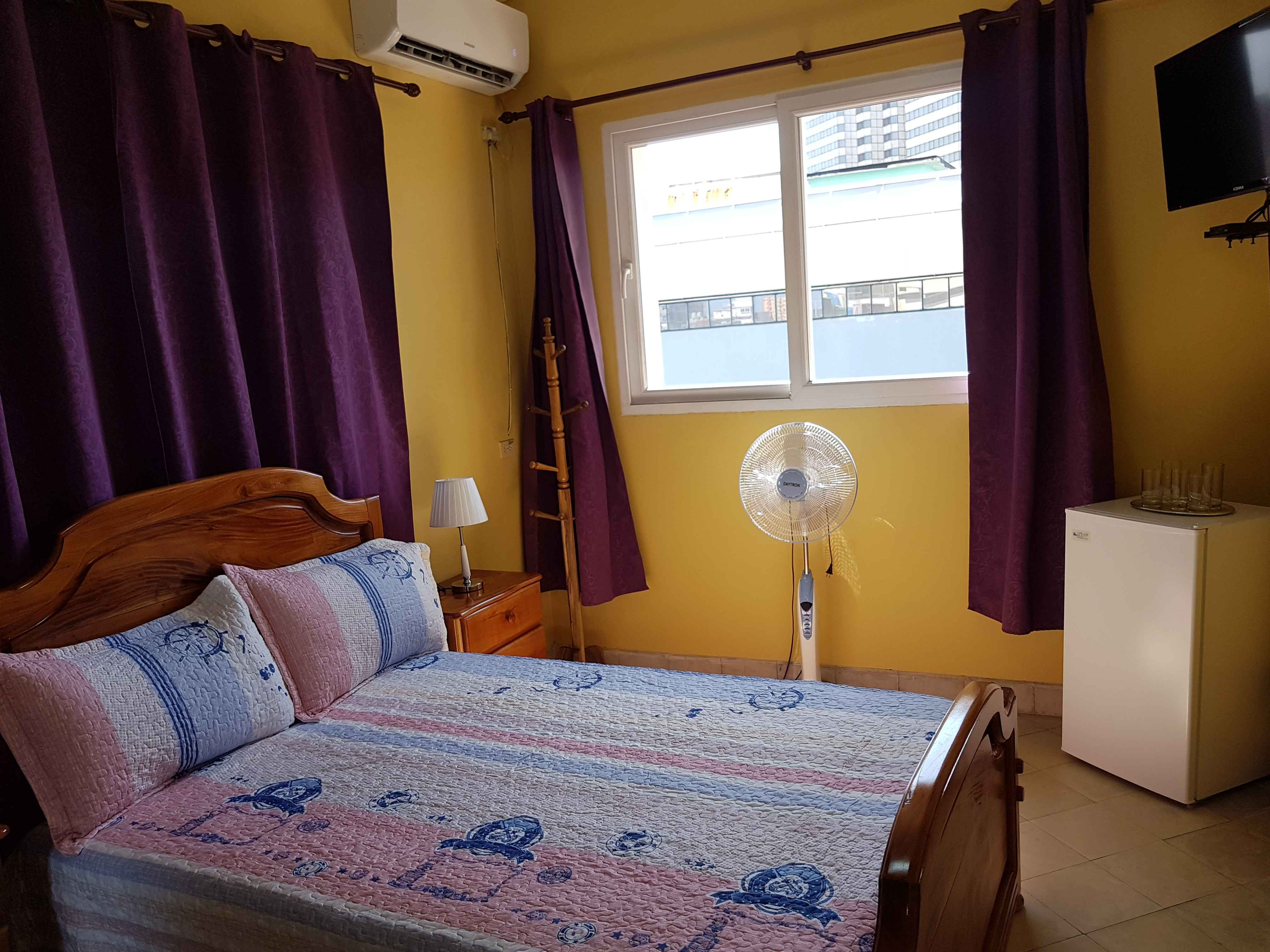 HAV308 – Room 1 Double room with private bathroom