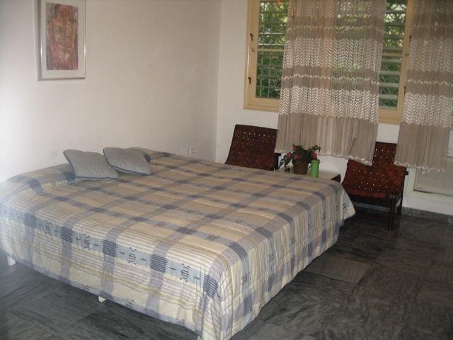 HAV406 – Room 2 Double room with shared bathroom