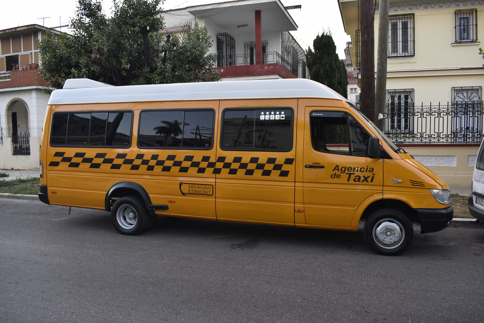 Van Paquito