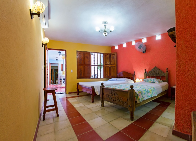 TRN001 – Room 1 Triple bedroom with private bathroom