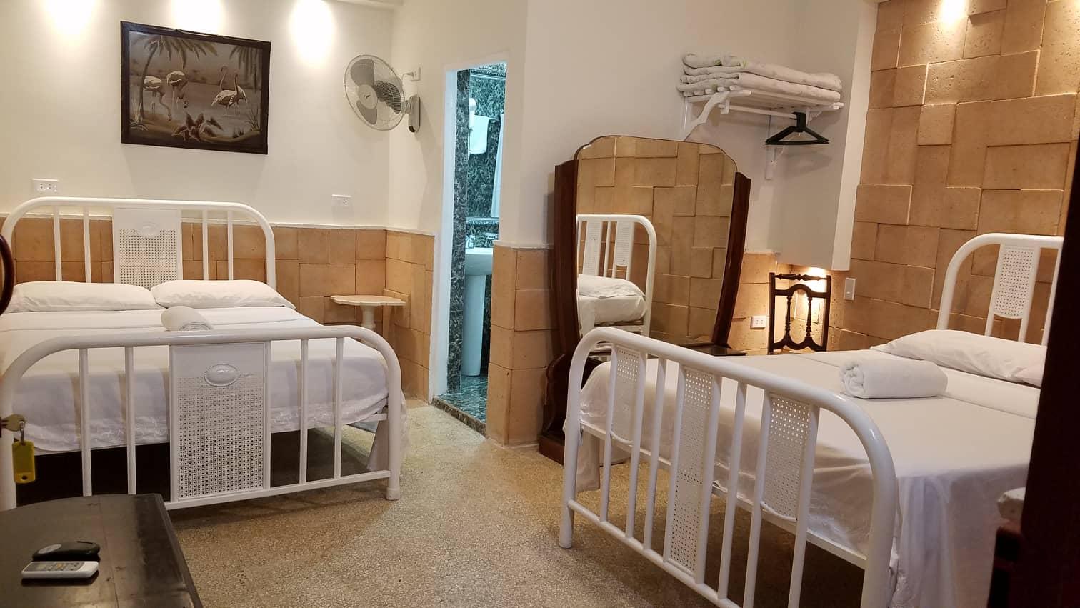 TRN017 – Room 1 Quadruple room with private bathroom