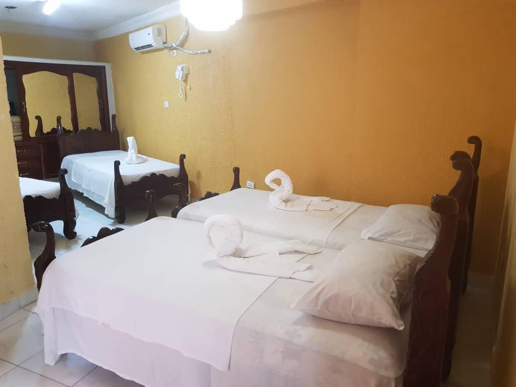 TRN025 – Room 2 Quadruple room with private bathroom