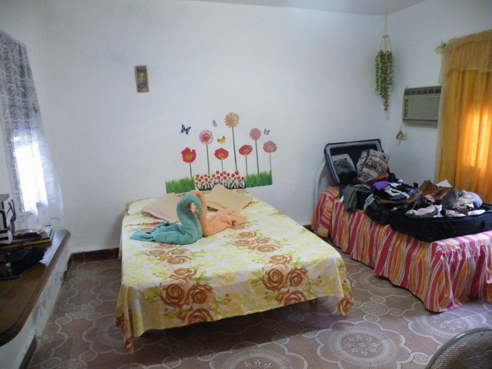VAR021 – Room 1 Quadruple room with private bathroom