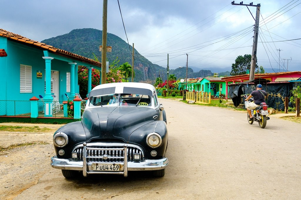 Viñales by classic car