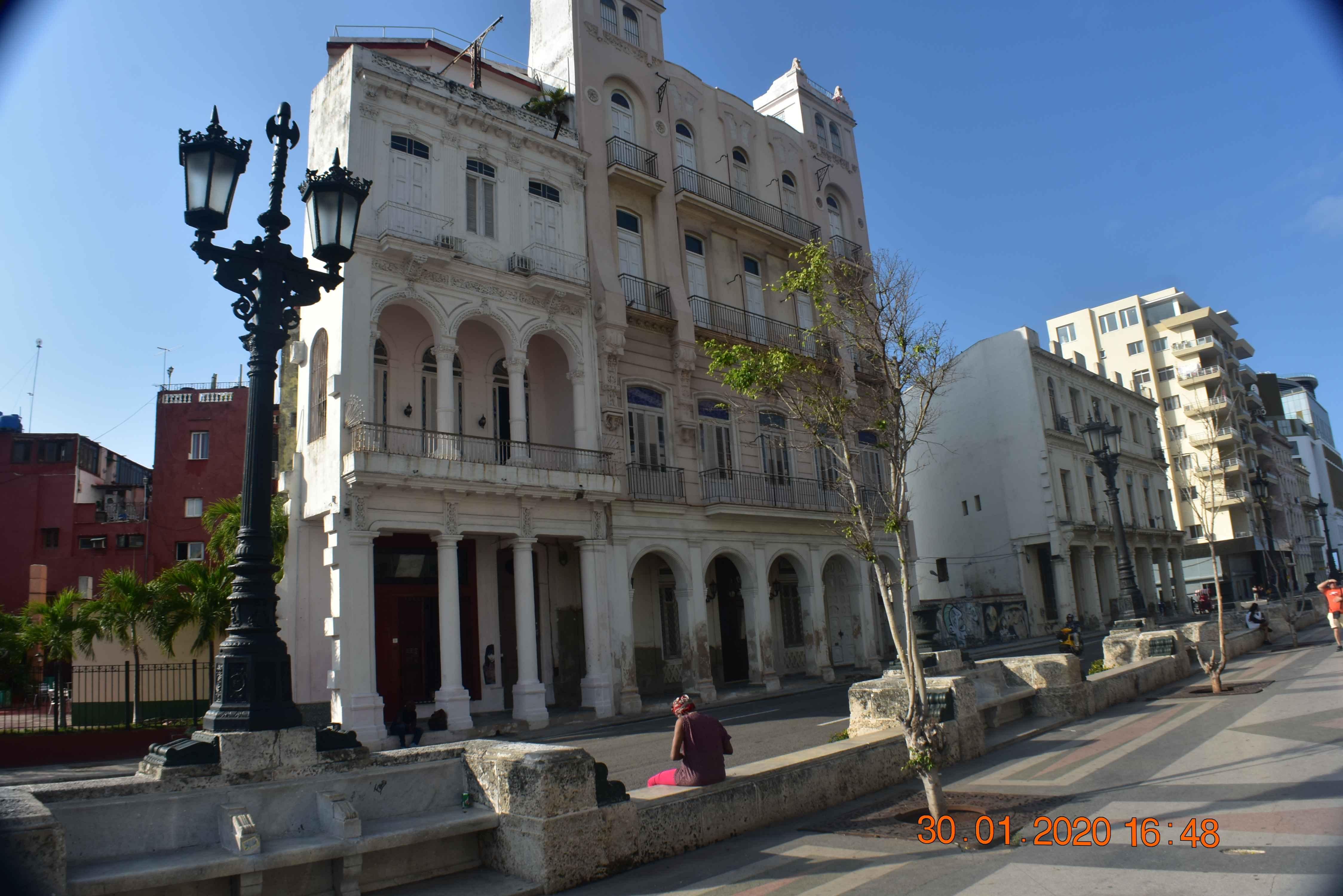 HAV103 - Casa del Prado 66