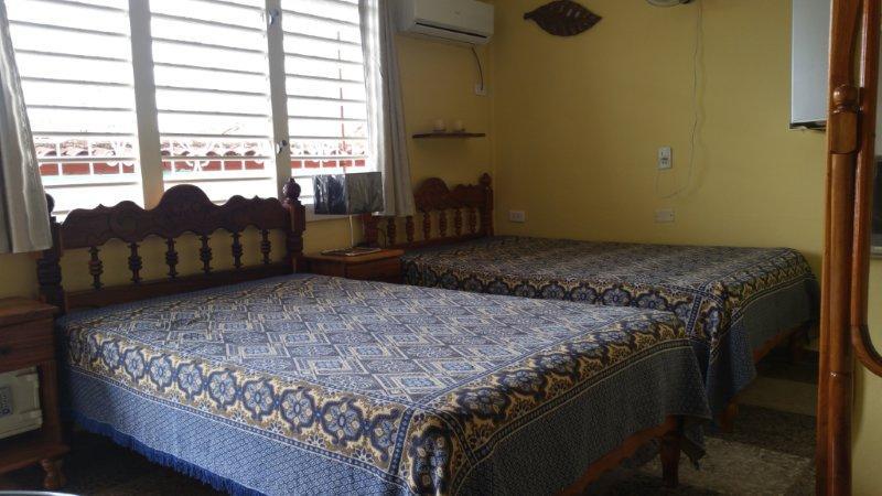 PNR003 – Room 1 Triple bedroom with private bathroom