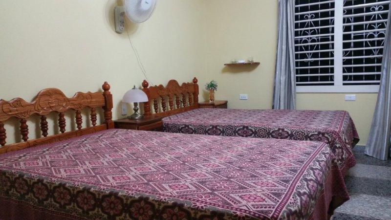 PNR003 – Room 2 Triple bedroom with private bathroom