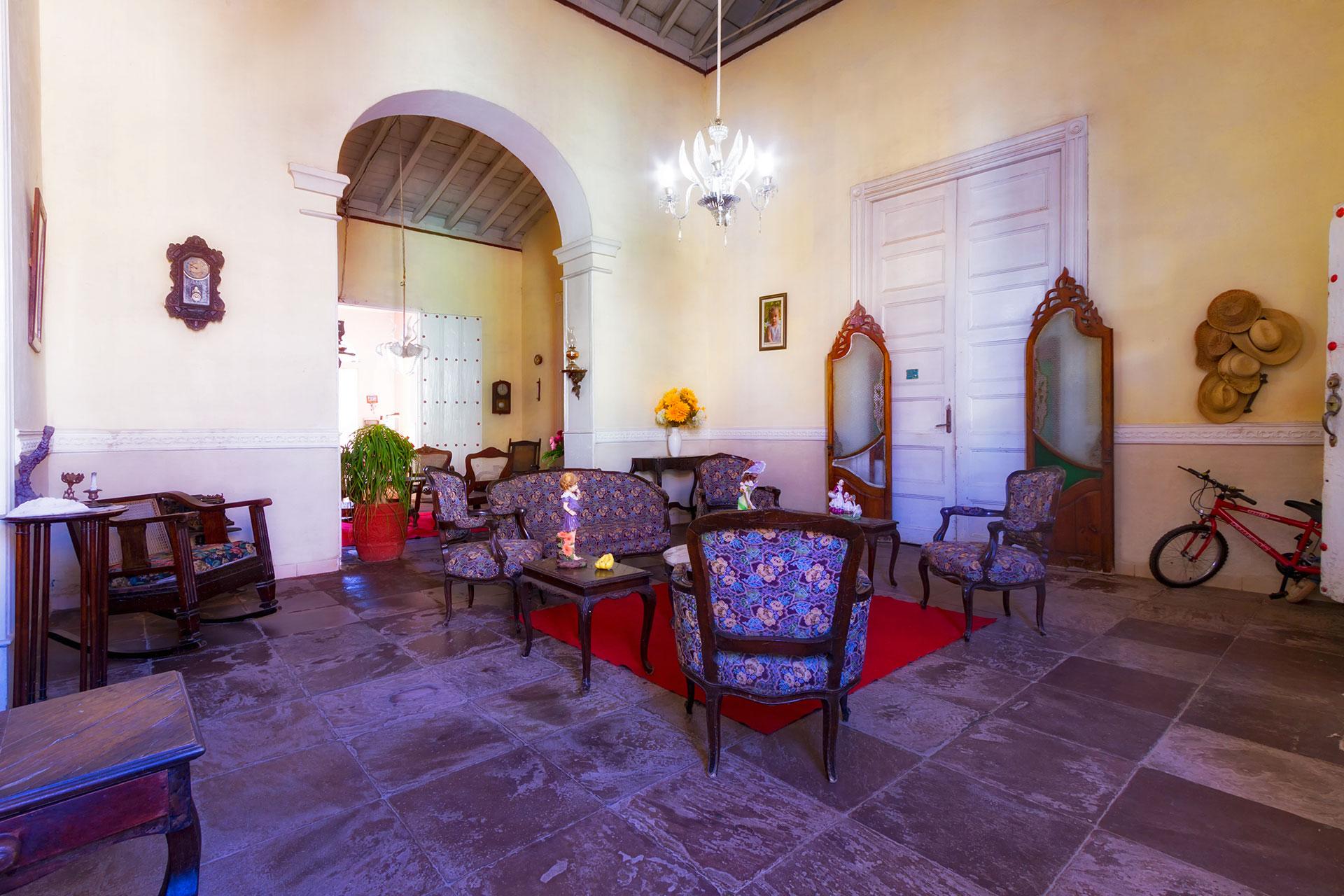 TRN002 - Casa Colonial Betty