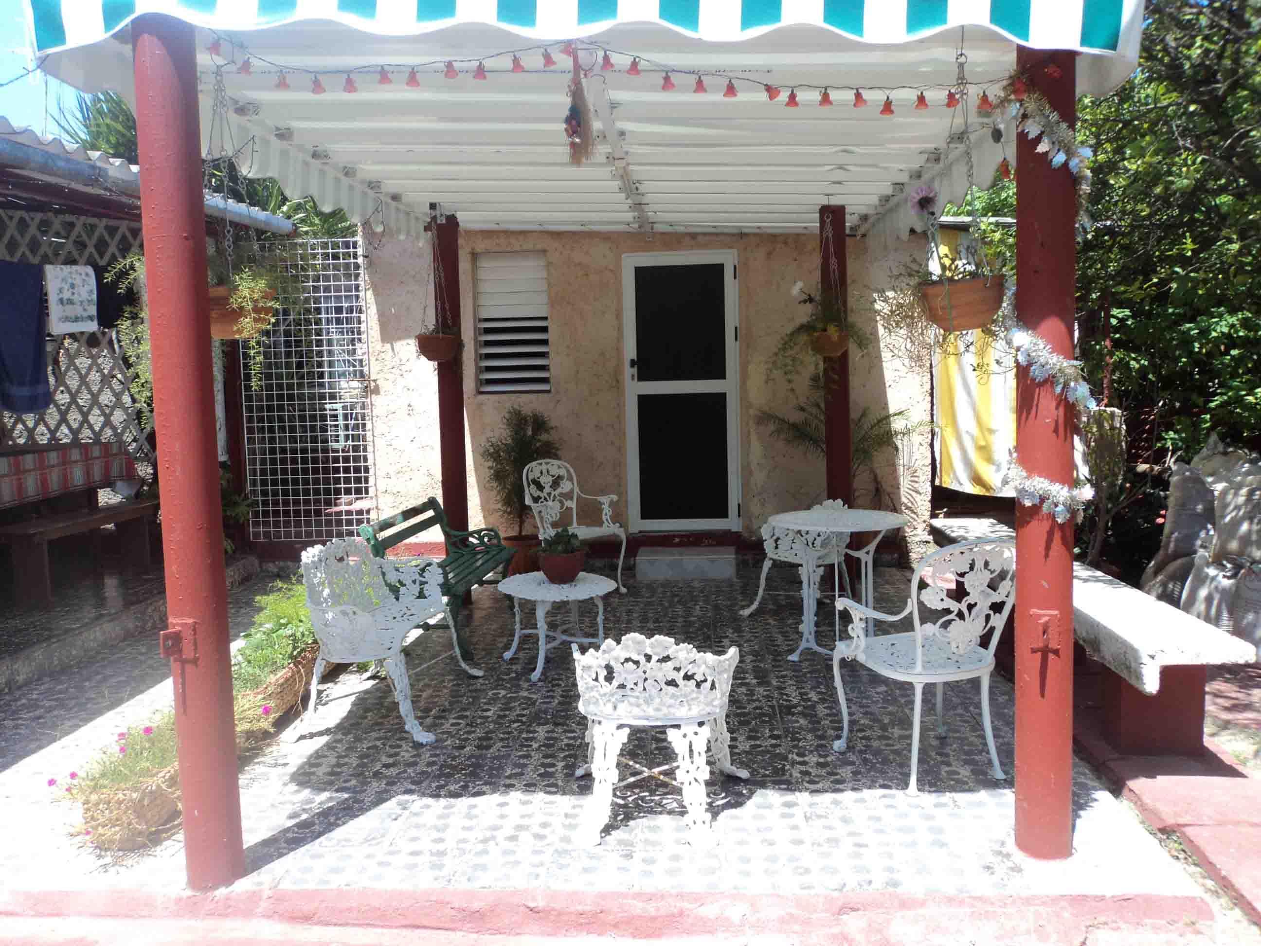 VAR003 - Apartamentos Jose y Elaine